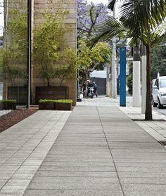 Calçadas Residenciais Modernas com Paisagismo! Veja Dicas de Pisos e Pedras!