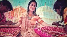Nur mit einem iPhone 6S hat der Hochzeits-Fotograf Sephi Bergerson eine indische Hochzeit fotografiert. Dabei ging es ihm nicht darum, eine Profikamera zu ersetzen, sondern um eine neue Art des Fotografierens.