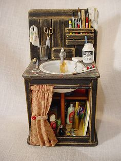 Miniature Art Studio & Sink - could do similar idea in the workshop/shed area | Source: Marquis Miniatures