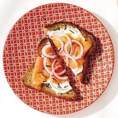 Breakfast idea: smoked salmon toast