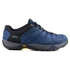 GoLite Women's Globe Lite GoLite. $124.95. unknown. Rubber sole. Features of this item include: BareTech, Precise Fit, SATG. Fit: True to Size. Outsole: Rubber. Insole: EVA. Upper: Synthetic and Mesh