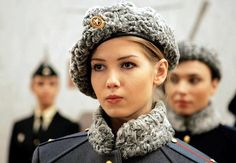 New Sexy Russian Female Military Uniform by Valentin Yudashkin Clothing Designer Gives Russian Women a Sexy Appeal While in their Army Uniform Mädchen In Uniform, Nana Mouskouri, In Soviet Russia, Female Fighter, Fighter Pilot, Military Girl, Military Police, Military Uniforms, Military Style