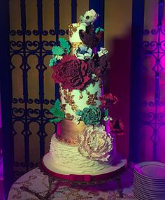 Ivory and Bronze wedding cake, ruffles and bas relief, sugar succulents, peonies and poppies Art Sucré by Mounia | Cakes