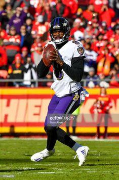 News Photo   Lamar Jackson of the Baltimore Ravens drops back... Ravens  Wreath 4b23fee43