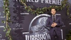 'Jurassic World' Sequel to Hit Theaters in 2018   Grand Forks Herald