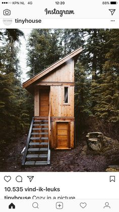 Could be a more elaborate, durable, first bunk-house. OR, first thing that occurred to me, a particularly swanky (and easier to service) outhouse. Shed Cabin, Tiny House Cabin, Cabin Homes, Tiny Cabins, Cabins And Cottages, Weekend House, A Frame House, Small Buildings, Forest House