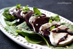 Znalezione obrazy dla zapytania salatka z kozim serem