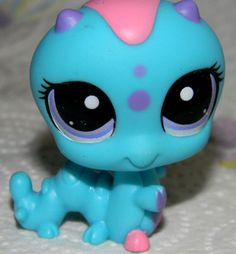 Littlest Pet Shop CATERPILLAR #1924 BLUE PURPLE & PINK  STAR GAZIN Inchworm
