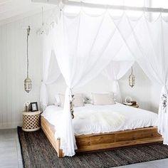 "80 Likes, 4 Comments - Queensland Homes   Magazine (@queenslandhomes) on Instagram: ""We've got that holiday feeling – how relaxing does this bedroom look!   #queenslandhomes #bedroom…"""
