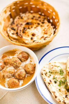 Naan and Malai Kofta Recipe - Indian Simmer Indian Food Recipes, Asian Recipes, Vegetarian Recipes, Cooking Recipes, Easy Recipes, Naan Pizza, Indian Kofta Recipe, Malai Kofta Curry, Comida India