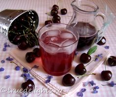 Sirop de cirese Romanian Food, Romanian Recipes, Summer Recipes, Panna Cotta, Drinking, Pudding, Gem, Sweets, Cooking
