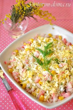 Рецепт: Салат из крабовых палочек с кукурузой