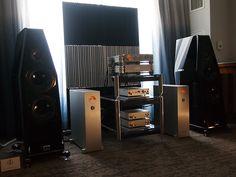 Nagra electronics, Kharma loudspeakers and Artnovion acoustic panels. Axpona 2018