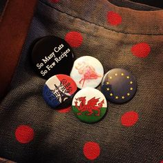 My bag badges #badges #badgemaking  #eu #europe #cymru #wales #flag #flamingo