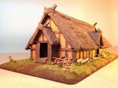 Wargames Figures of Steel Eel Studios: Anglo Saxon Great Hall progress Anglo Saxon Houses, Medieval Houses, Medieval Town, Viking House, Viking Age, Ancient Egyptian Art, Ancient Aliens, Viking Village, Tabletop