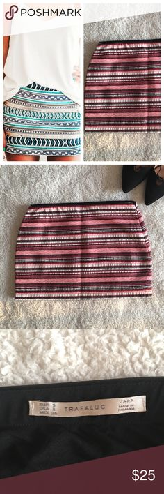 Zara Printed Mini Skirt In like new condition! An assortment of red and pink colors and patterns. Can be worn any season! Zara Skirts Mini