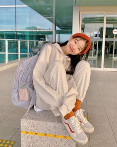 cute girl ulzzang 얼짱 hot fit pretty kawaii adorable beautiful korean japanese asian soft grunge aesthetic 女 女の子 g e o r g i a n a : 人 Korean Girl Fashion, Blackpink Fashion, Korean Fashion Trends, Fashion Poses, Korea Fashion, Pretty Korean Girls, Cute Korean Girl, Korean Photography, Girl Photography Poses