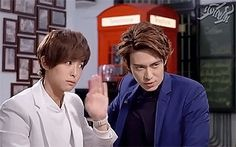 """I LOVED Zifeng's face when he was telling about how they kissed… Hahahahaha! Yanuo is like, """"NOOO!"""" And Zifeng is like, """"Oh, it was awesome. Baron Chen, Taiwan Drama, I Regret Nothing, Japanese Drama, Bibliophile, Korean Drama, Confessions, Candid, Dramas"""