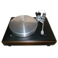 VPI Classic Companion Turntable: $4,000  #Vinyl #VinylRecords #Turntables #RecordCollectors #RecordCollecting #Records #SoundStageDirect #VPI