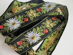 EDELWEISS & STRAWBERRIES, WHITE, RED, GREEN, YELLOW ON BLACK jacquard trim