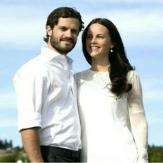 New photos of Prince Carl Philip and Sofia Hellqvist Prince Carl Philip and his fiancée Sofia Hellqvist gave an interview to the Swedish newspaper Dalarnas Tidning