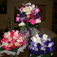 Pink and white - multicoloured - and purple an white bouquets White Bouquets, Wooden Flowers, Pretty Flowers, 4th Of July Wreath, Purple, Pink, Wedding Ideas, Wreaths, Crafts