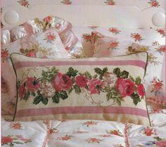 Gallery.ru / Фото #1 - Розы на подушках - rabbit17