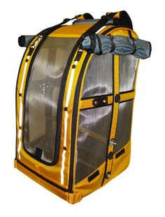 Bird backpack travel carrier for Umbrella Cockatoo or similar size parrots