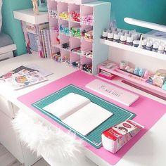 36 Ideas For Craft Room Decoration Ideas Desk Areas Study Room Decor, Cute Room Decor, Bedroom Decor, Craft Room Storage, Room Organization, Craft Desk, Craft Rooms, Girl Bedroom Designs, Girls Bedroom
