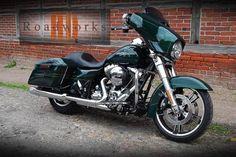 Neuwertige Harley Davidson Street Glide FLHX Special  EZ.: 15.7.2015 km: 4.834 kw: 64 ccm:...,Harley Davidson Street Glide FLHX Special TOP ZUSTAND in Niedersachsen - Stelle