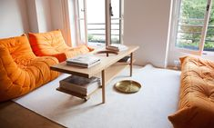 Salon Togo Orange Déco Appartement Paris Charles Compagnon et Gesa Hansen