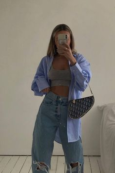 Teen Fashion Outfits, Mode Outfits, Retro Outfits, Cute Casual Outfits, Stylish Outfits, Summer Outfits, Blue Jeans Outfit Summer, Warm Fall Outfits, Casual College Outfits
