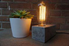 Industriële tafellamp - houten tafellamp - kooldraad lamp