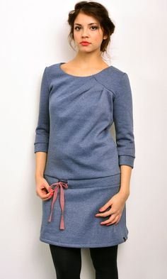 sweat dress blue cuddly sweat by STADTKIND – yemek Diy Clothing, Sewing Clothes, Diy Fashion, Fashion Outfits, Sweat Dress, Diy Mode, Look Plus, Love Sewing, Dress Patterns