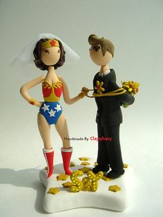 Wonder Woman cake topper - it's probably a good thing that I have no plan to wed...