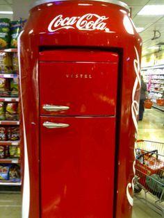 Red Vestel, Red Red, Coke Cola, Cokecola, Coke Photos. Red Vestel fridge full of Coca Cola