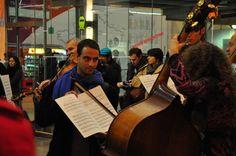 Flashmob avec le concours des élèves comédiens de l'Académie de l'Union  © Antoine Jouffriault - Opéra-Théâtre de Limoges