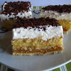 Prajitura cu biscuiti crema caramel si vanilie - Agendautila Creme Caramel, Food Cakes, Vanilla Cake, Tiramisu, Cake Recipes, Biscuits, Food And Drink, Sweets, Homemade