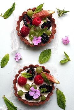 Garden Party Perfect  Tarts with Fresh Fruit & Flowers :)