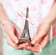 paris : cannot wait for December 2013!!  Paris here I come again!!