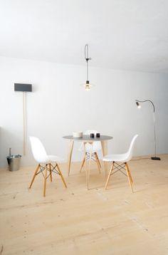Sparondo Tisch Nils Holger Moormann designed by Jakob Gebert ab 1.105,00€. Bestpreis-Garantie ✓ Versandkostenfrei ✓ 28 Tage Rückgabe ✓ 3% Rabatt bei Vorkasse ✓