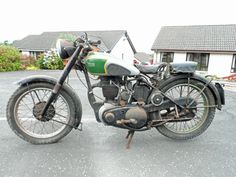 British Motorcycles, Vintage Motorcycles, Bsa Motorcycle, Classic Bikes, Vintage Bikes, Motorbikes, Harley Davidson, Wheels, Baby