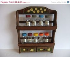 I want a vintage spice rack to paint :)