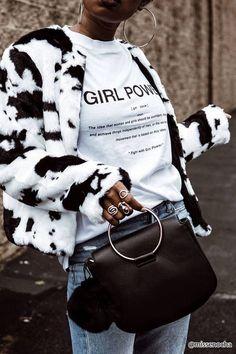 Cow Print Faux Fur Jacket pinned by juliabarefoot Fashion Week, Look Fashion, Winter Fashion, Fashion Outfits, Womens Fashion, Fashion Trends, Steampunk Fashion, Fashion Details, Gothic Fashion