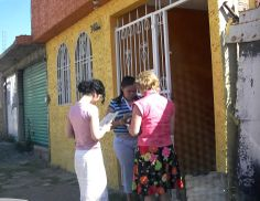 Bible study in Mexico