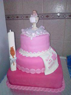 Simples mas trabalhoso! O bolo do baptismo da minha princesa mais nova