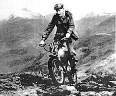 belstaff trialmaster Barbour, Harley Davidson, Bmw, Moto Style, Belstaff, Vintage Bikes, Motorcycle Gear, Motorbikes, Vintage Motorcycles