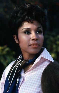 1969 DIAHANN CARROLL Original Slide Transparency JULIA DYNASTY gp Black Pin Up, Diahann Carroll, Pin Up Style, Classic Beauty, Beautiful Black Women, Pers, Lady, Celebs, Actresses
