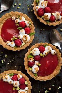 Rhubarb Tarts With Pistachios, Berries, & Shortbread Crust Bright, tangy rhubarb puree meets sweet and buttery shortbread. These single-serve rhubarb tarts are a simple yet elegant dessert, perfect for mother's day or any celebration! Rhubarb Recipes, Tart Recipes, Sweet Recipes, Dessert Recipes, Cookie Recipes, Mothers Day Desserts, Just Desserts, Delicious Desserts, Yummy Food
