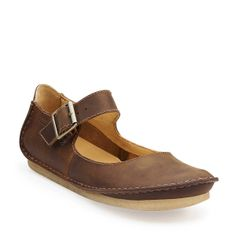 Faraway Fell in Beeswax Leather - Womens Shoes from Clarks. I wish they came in black leather. I think I might get them and dye them black.